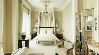 Signatures Singulières Magazine. Résultat vente aux enchères hotel du Ritz à Paris.
