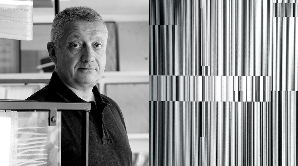 Signatures Singulières. Ateliers Bernard Pictet - Maître verrier - Verre cinétique-miroir noir - Entreprise EPV