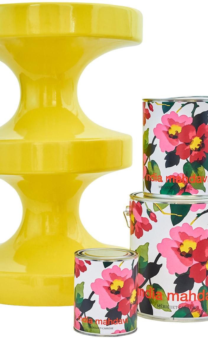 Signatures Singulières. Mériguet Carrère - Peinture - decoration - tabouret Biphop jaune de India Mahdavi - Entreprise EPV