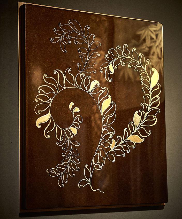 Signatures Singulières- ALM Déco - Mireille Herbst - Reproduction d'après un original de Albert Armand Rateau, Dessin et gravure à la main, dorure à la feuille d'or et laque satinée