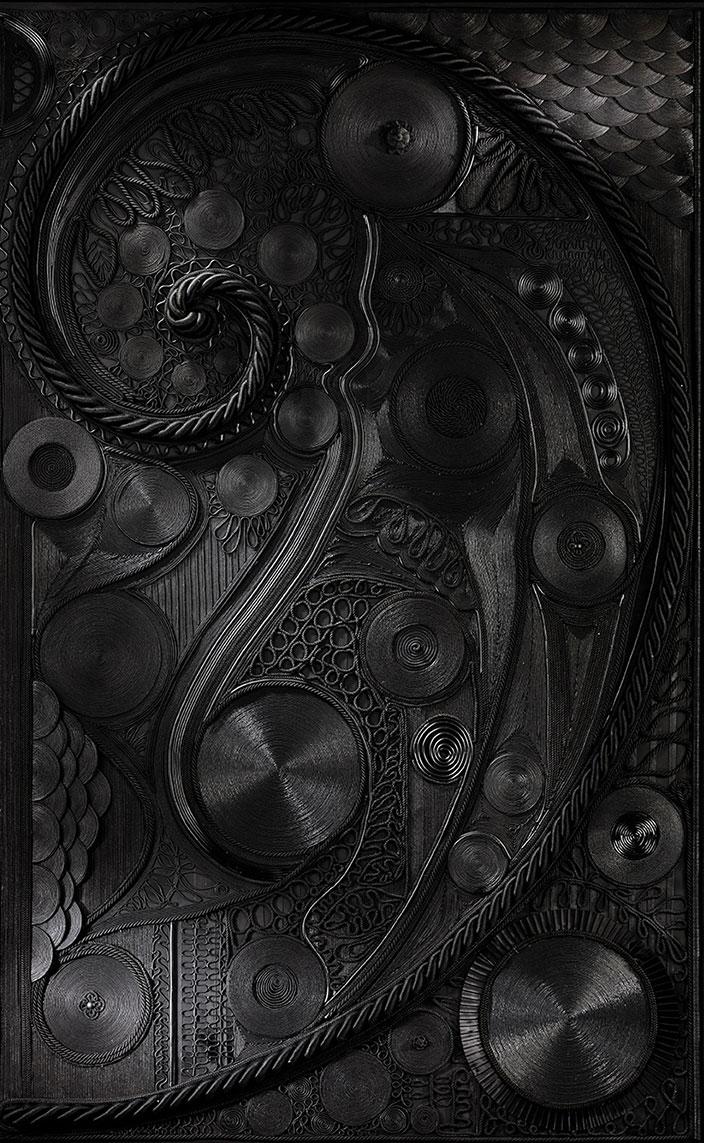 veronique de soultrait - decor mural en corde noire - Singulières Magazine - le magazine digital des talents français