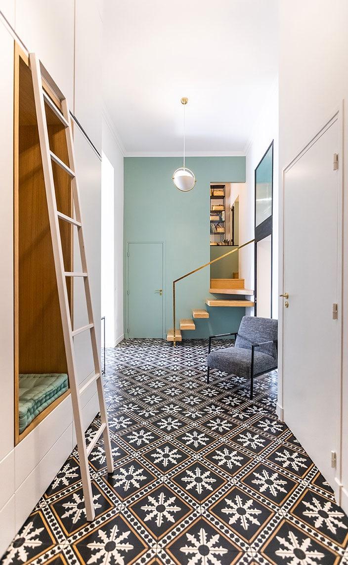 agence bleu gris- decorateurs d'interieur - carreaux de ciment - signatures singulieres magazine