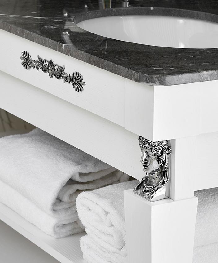 remy garnier - hotel negresco a nice - salle de bain en marbre - signatures singulieres magazine