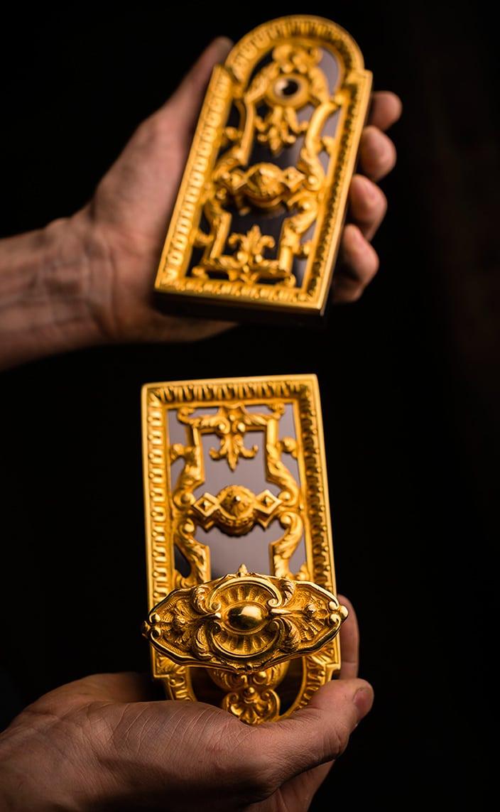 remy garnier - serrure en bronze dore - signatures singulieres magazine