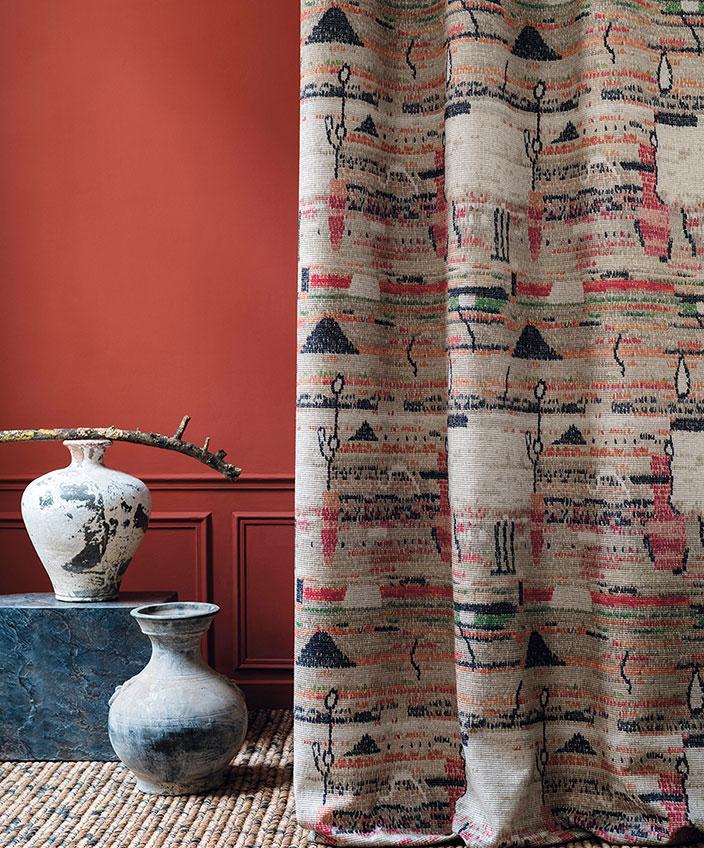 nobilis - tissu motif berbere - peinture guitet - signatures singulieres magazine