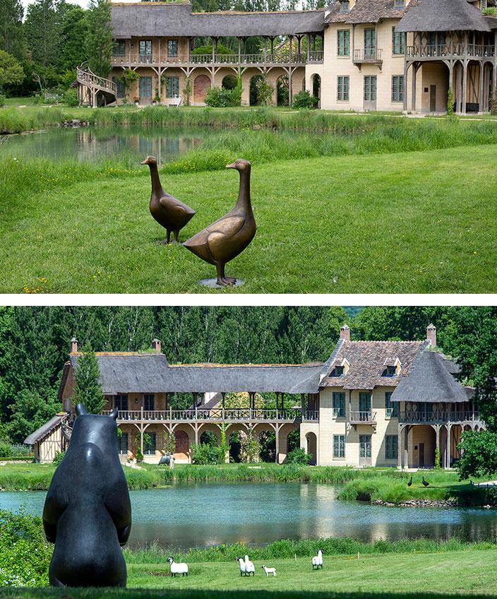oie et ours en bronze de François-Xavier lalanne - hameau de la reine - chateau de versailles- signatures singulieres magazine